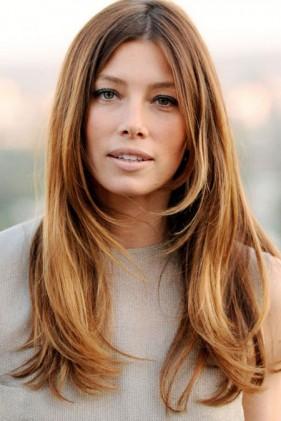 Gợi ý tạo kiểu quyến rũ cho tóc dài
