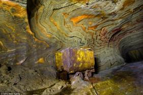Vẻ đẹp bên trong mỏ muối ảo giác ở Nga