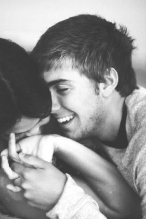 Hẹn hò với trai tốt - 10 dấu hiệu nhận biết