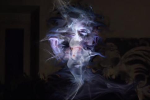 Video ám ảnh về các bức chân dung như trong ác mộng