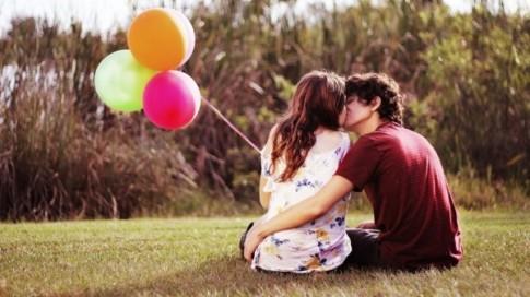 """6 câu hỏi của con gái khiến bất cứ chàng trai nào cũng """"điên đầu"""""""