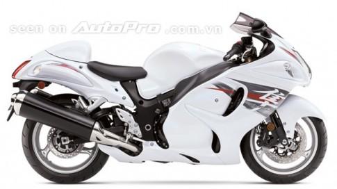 Bắt đầu từ ngày 1/7, hãng Suzuki sẽ chính thức phân phối hai mẫu môtô phân khối lớn là Hayabusa và B