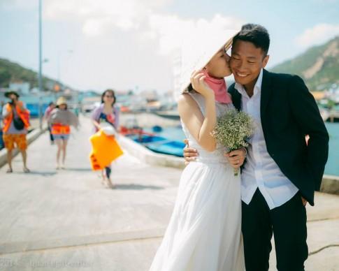 Bộ ảnh cưới 'đời thường' gây sốt cư dân mạng