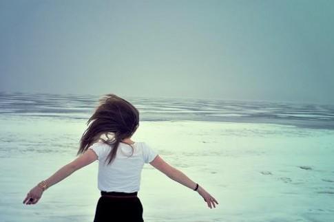 Cô gái đang hạnh phúc là cô gái xinh đẹp nhất