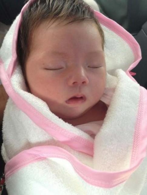 Con gái Đoan Trang đẹp như thiên thần