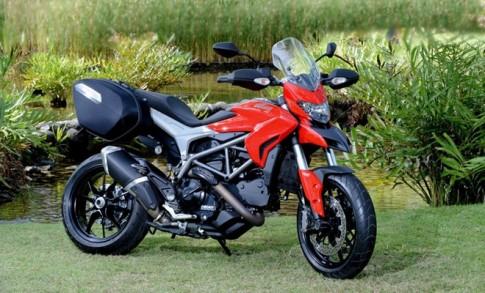Ducati Hyperstrada giá 400 triệu tại Việt Nam