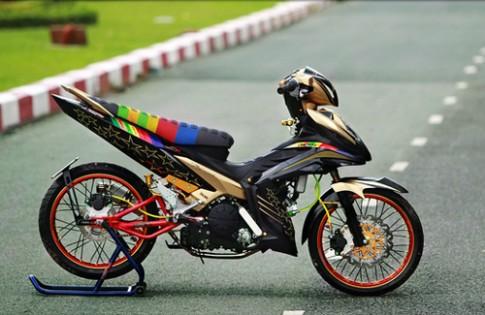 """Exciter 2011 """"trang điểm"""" theo phong cách Dragbike tại Sài Gòn"""