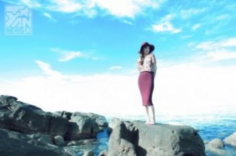 Hồ Ngọc Hà tựa nàng tiên trong tranh tại Phú Quốc
