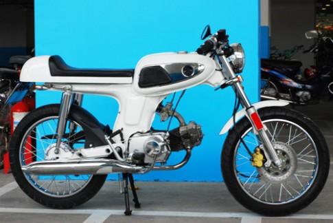 Honda 67 độ phong cách Cafe racer của chàng trai Tây ở Sài Gòn