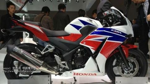 """Honda CBR300R 2014 """"yếu"""" hơn Kawasaki Ninja 300"""