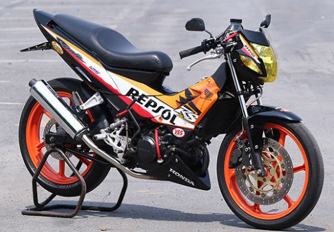 Honda Motor sap trinh lang mau con tay canh tranh voi Suzuki Raider 150