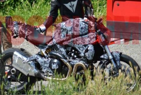 Lộ diện Ducati Monster 1198 đời 2014