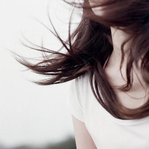 Luôn là quá sớm để một ai đó nhận mình đủ thông minh khi biết nên yêu ai...