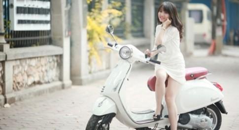 Người đẹp Việt nhẹ nhàng cùng Vespa Primavera