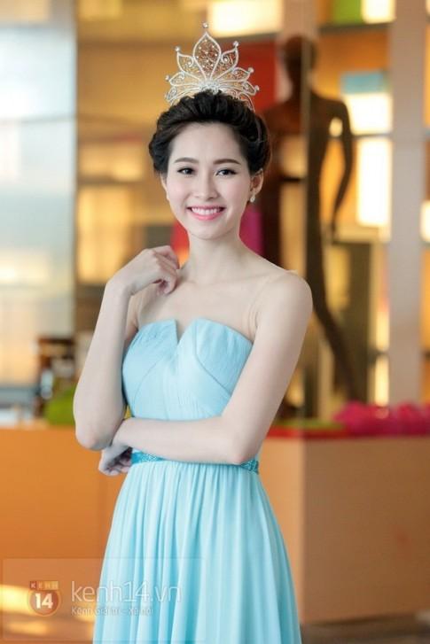 Những mỹ nhân Việt sở hữu làn da trắng hồng đáng ghen tị