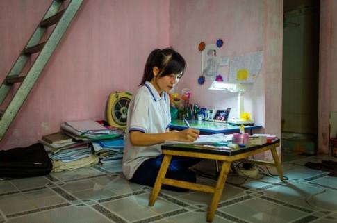 Nữ sinh viên miền Tây giàu nghị lực lên báo New York Times