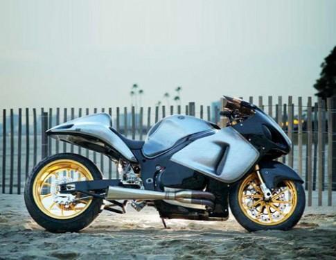 Suzuki Hayabusa - 'chim ưng' thêm sức mạnh