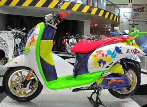 Thái Lan - Honda Scoopy i - độ kiểu nữ tính