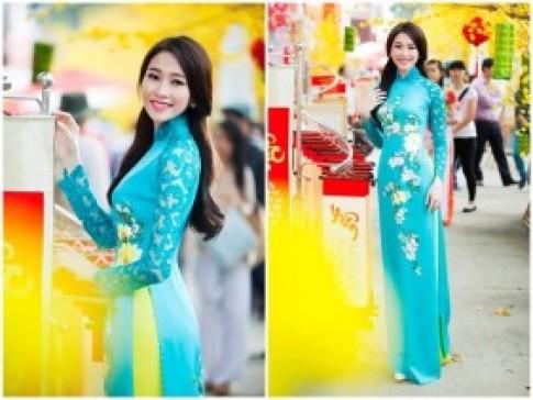 Top mỹ nhân diện áo dài đẹp nhất xuân Giáp Ngọ