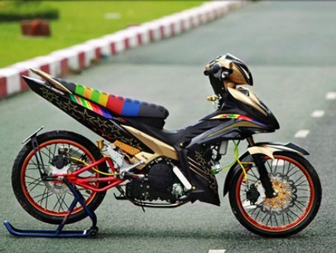 Yamaha Exciter độ phong cách Dragbike tại Sài Gòn