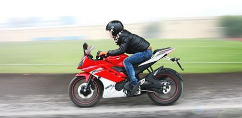 YZF-R15 Khoi dau cho tin do sportbike