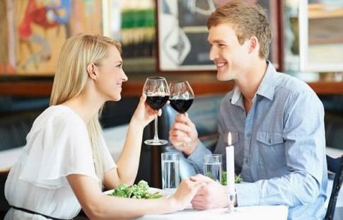 12 dấu hiệu cho thấy bạn đang hẹn hò với một cô gái tốt