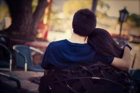 """13 bí mật của những cặp đôi """"yêu nhau dài lâu"""""""
