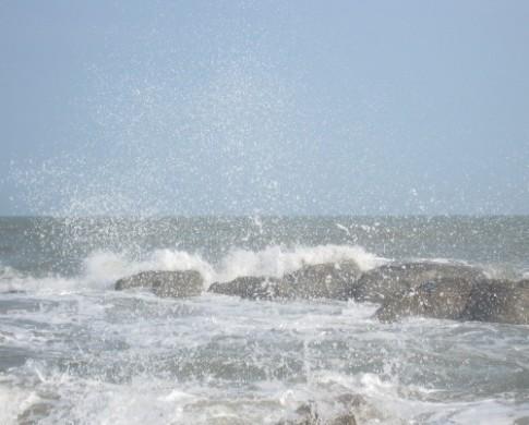 9 bờ biển đá đẹp của Việt Nam