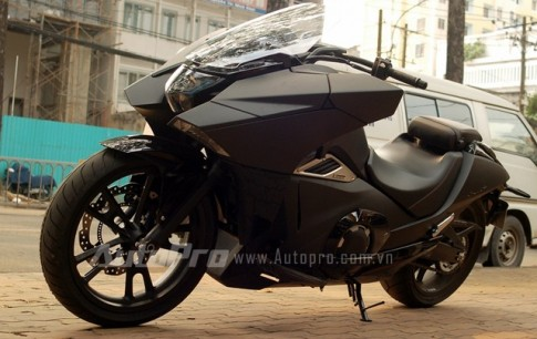 """Ấn tượng từ cái nhìn đầu tiên về """"phi thuyền"""" Honda NM4 tại Việt Nam"""