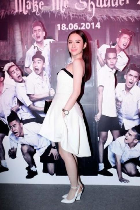 Angela Phương Trinh xứng danh Nữ hoàng thảm đỏ 2014