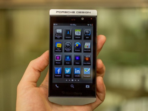 Anh thuc te smartphone hang sang BlackBerry Porsche Design