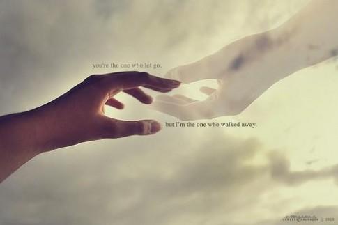Buông tay đi, để em đi về nơi người ấy...