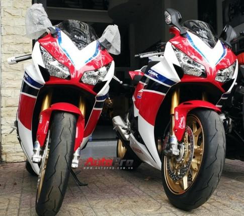Cận cảnh bộ đôi Honda CBR1000RR Fireblade SP cập bến Việt Nam