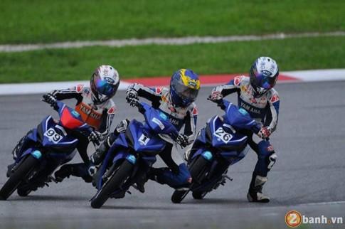 Clip - Giai dua Exciter ben Malaysia