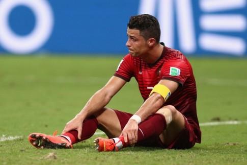 Cristiano Ronaldo - Thế giới nợ anh một lời cảm tạ
