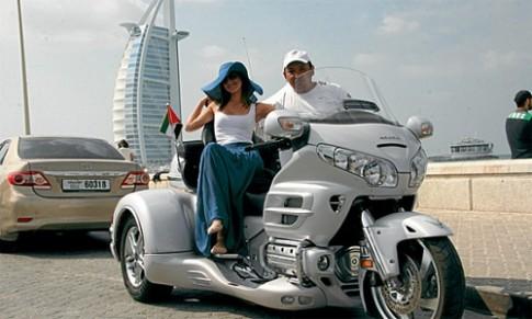 Dịch vụ cho thuê xe môtô siêu khủng chỉ có ở Dubai
