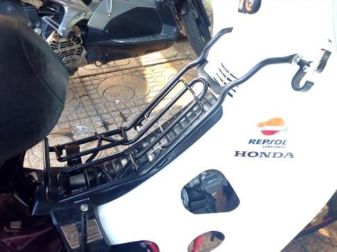 Dream Honda Repsol len ngoi