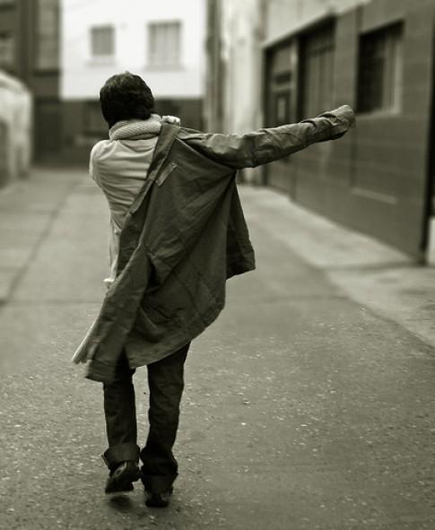Đừng trở lại, khi đã bước đi...
