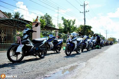 Gần 50 chiếc Exciter tham gia rước dâu tại Tân Uyên - Bình Dương