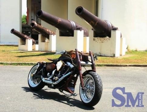 Harley Blackhawk thần điểu tung cánh tại Việt Nam