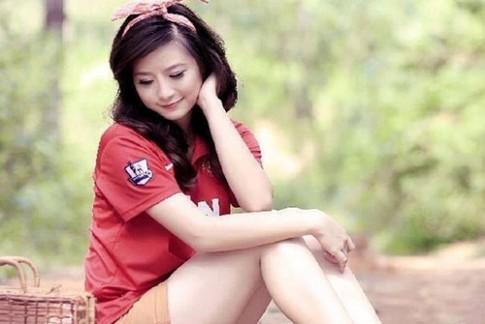 Hãy yêu một cô gái yêu bóng đá