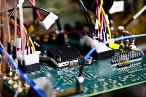 Intel giới thiệu đồ họa tích hợp giúp tăng thời lượng pin cho laptop