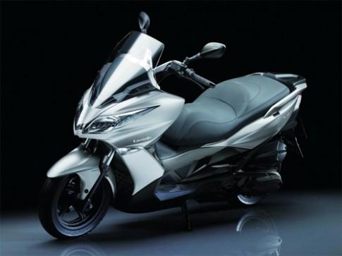Kawasaki J300 - Xe ga phong cách thể thao