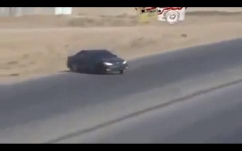 Khi các thánh Arap Drift xe