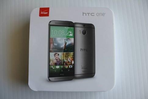 Mở hộp HTC One 2014 trước giờ ra mắt