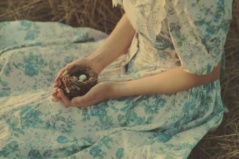 Này cô gái, ước mơ của em có màu gì?