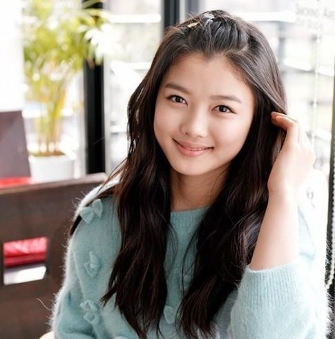 Sao nhí Kim Yoo Jung từng hẹn hò... 300 ngày