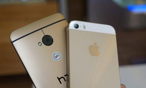 """So sánh iPhone 5S GOLD và HTC One GOLD - Hai điện thoại """"vàng"""" đẹp nhất 2013"""