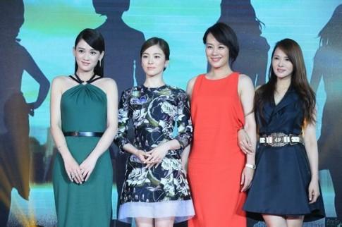 Song Hye Kyo già dặn hơn hẳn đàn chị Trần Kiều Ân