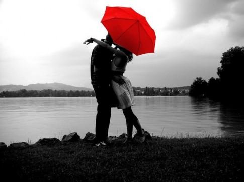 Tình yêu đích thực không bao giờ gục ngã